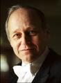 指揮:アダム・フィッシャー Conductor:Ádám Fischer