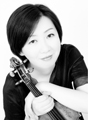 ヴァイオリン:甲斐史子 Violin:Fumiko Kai