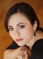 メゾ・ソプラノ:イザベル・レナード Mezzo Soprano: Isabel Leonard