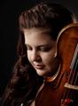 ヴァイオリン:ジェシカ・リネバッハ Jessica Linnebach