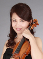 ヴァイオリン:漆原啓子 Keiko Urushihara