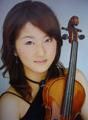 ヴァイオリン:西川茉利奈 Violin:Marina Nishikawa